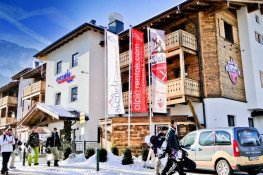 demi.sr.Bild von Avenida Mountain Resort - by Alpin Rentals.com