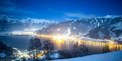 Zell am See-Kaprun in the night with nightslope for skiing | © Faistauer Photography