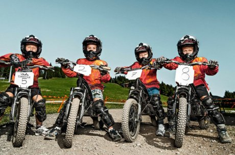 Kids group at the rocket bike park | © Schmitten