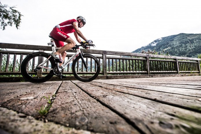 Road biker on a bridge | © Hofmann