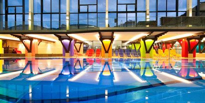 leisure center Zell am See with indoor pool | © FREGES Zell am See