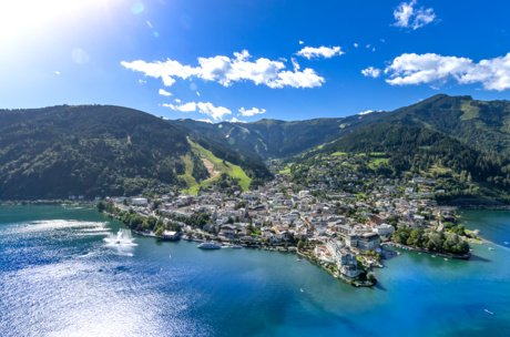 Lake and town Zell am See | © Zell am See-Kaprun Tourismus