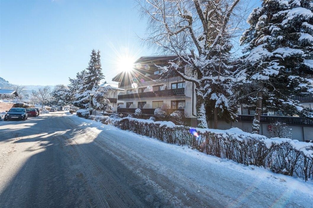 Appartement Haus Sonas : holiday apartment in Zell am See