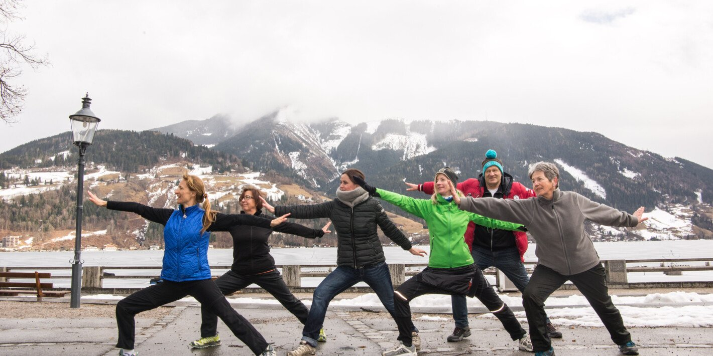 winter yoga for the guests | © Zell am See-Kaprun Tourismus