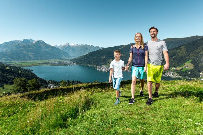 Hiking at the Mitterberg in Zell am See-Kaprun | © Zell am See-Kaprun Tourismus