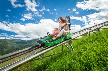 Mother and daugther on the Maisiflitzer | © Kitzsteinhorn