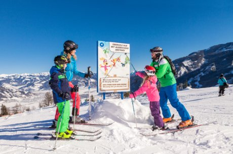 Learning together in Zell am See-Kaprun | © Maiskogel Betriebs AG
