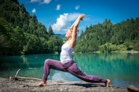 Yoga at the lake in Zell am See-Kaprun | © Edith Danzer