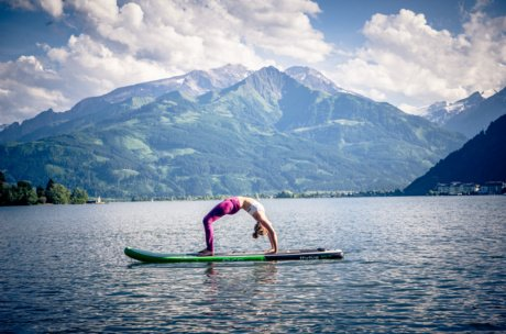 SUP Yoga in Zell am See-Kaprun | © Edith Danzer