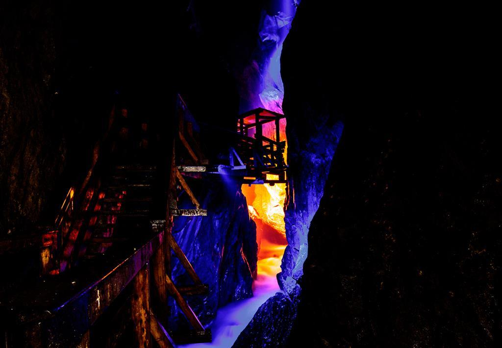 Gorge Lights - 08/06/2018, from 9:30 PM