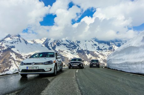 E cars on the Großglockner High Alpine road | © ionica.energy