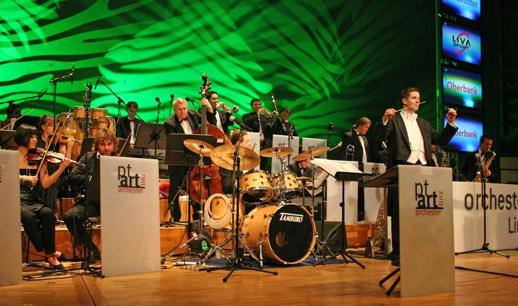Swinging Summer - PT Art Orchester - Let´s Swing - 01/09/2018, from 7:00 PM