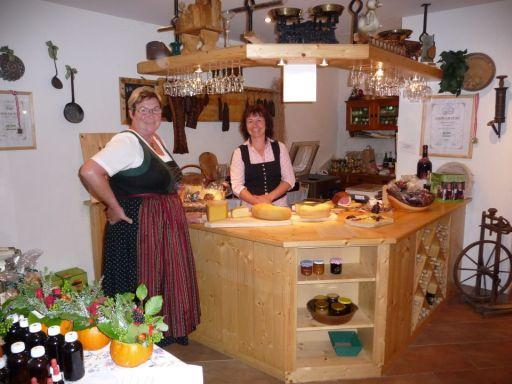 Baking bread at the Augut in Zell am See