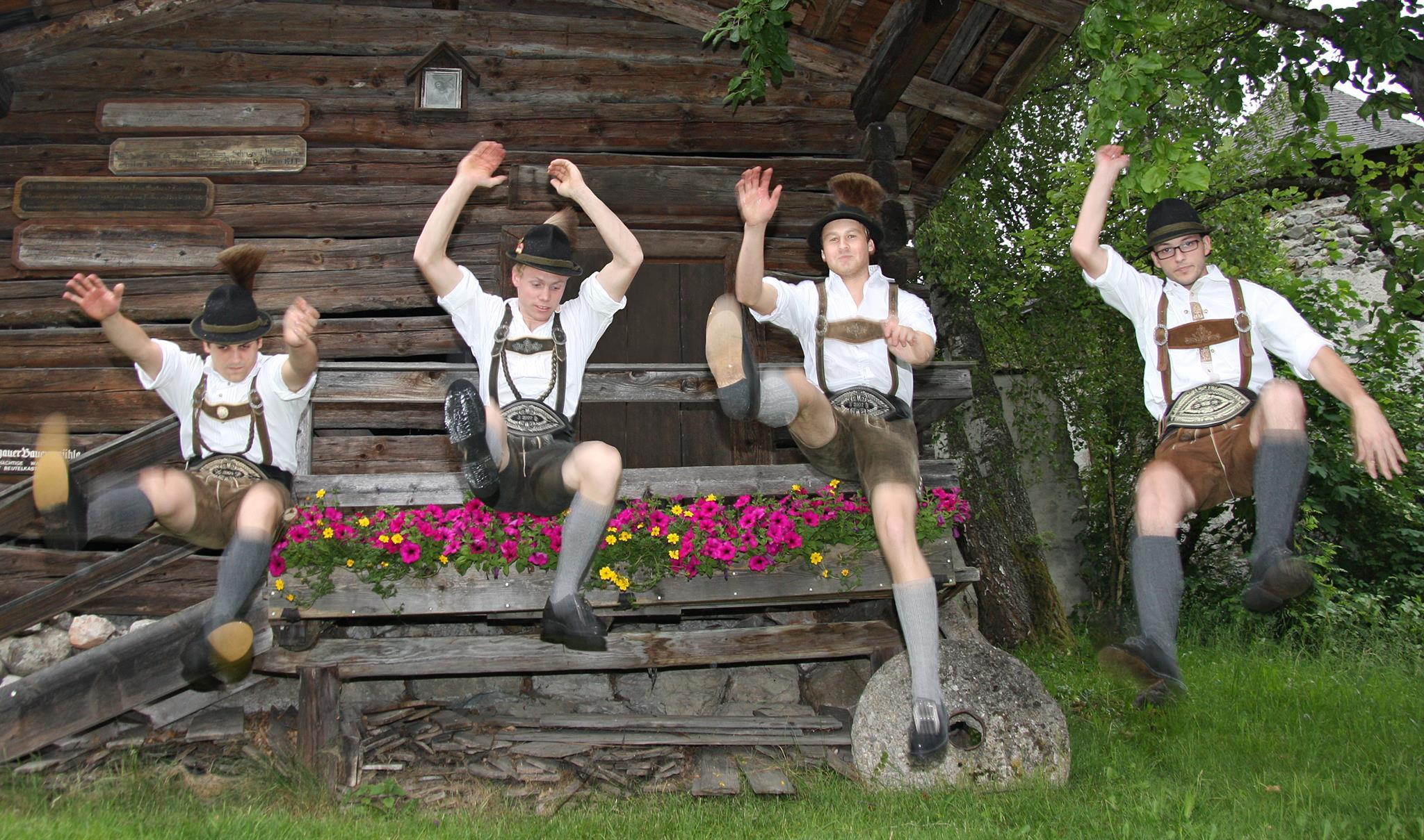 Traditional evening at the castle Kaprun - 16/07/2019, from 8:00 PM