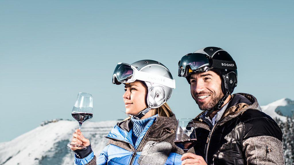 Red Turns - Enjoying wine at 2,000m - 20/03/2020, from 11:00 AM