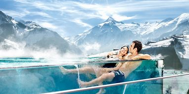 Taking a bath with a view: at Tauern Spa in Austria | © TAUERN SPA WORLD Betriebs GmbH & Co KG