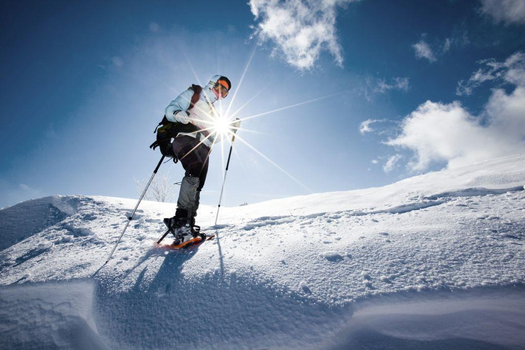 Guided snowshoeing to the Kitzsteinhorn ICE CAMP