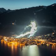 Skiing at night time in Zell am See-Kaprun | © Faistauer Photography