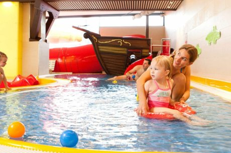 Family Fun in the Leisure Center | © Freges Zell am See