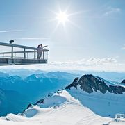 View over 3000m high mountains of the view point on the glacier   © Kitzsteinhorn