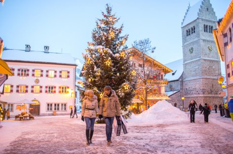 romantic atmosphere for shopping | © Faistauer Photography