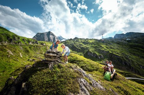 family excursion on Kitzsteinhorn in summer | © Kitzsteinhorn