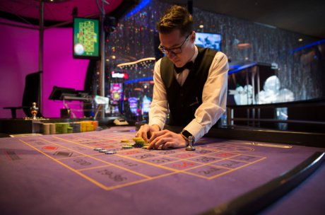 Training for the Junior Croupier in the Casino Zell am See | © Zell am See-Kaprun Tourismus