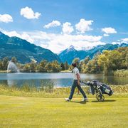 Stunning natural scenery while golfing | © Johannes Radlwimmer