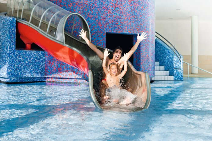 waterslide in the Tauern Spa | © Tauern SPA Zell am See-Kaprun