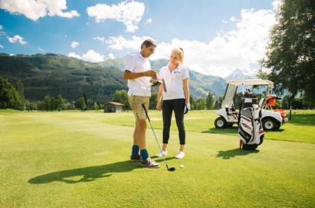 personal assistent for playing golf | © Gollner Daniel
