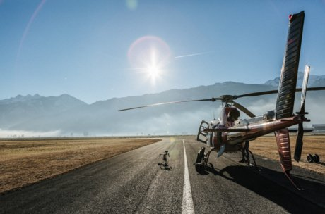 helicopter pilot in Zell am See-Kaprun | © Marko Roth