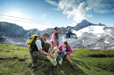 Guided hike for the whole family in Austria | © Kitzsteinhorn