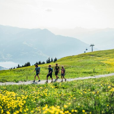 Themed hikes and challenging high-alpine trails in Zell am See | © Zell am See-Kaprun Tourismus