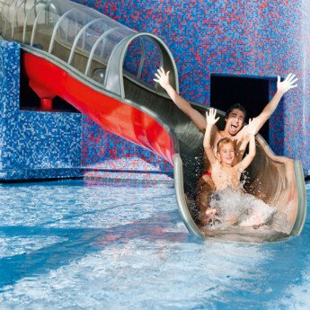 Water, pools and waterslides: TAUERN SPA | © TAUERN SPA Zell am See-Kaprun