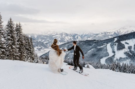 Marriage on snowboards | © Wild Connections Photography