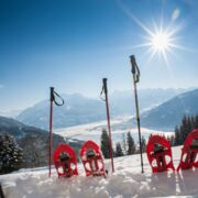 Snow shoeing in the winter holidays | © Zell am See-Kaprun Tourismus