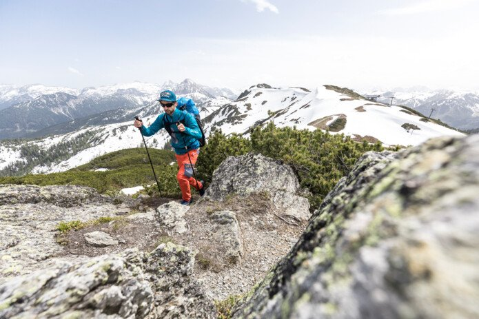 Athlete on the ascent | Red Bull X-Alps | © Red Bull X-Alps, Harald Tauderer